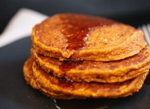 pumpkin-oat-pancakes-recipe