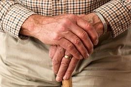 senior-hands-981400__180