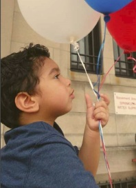 boy_7_balloons_0