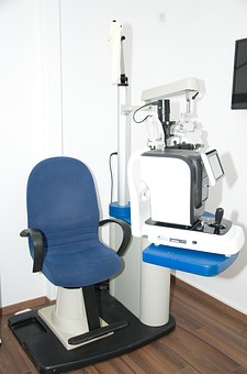 unit-eye-check-1313657__340 (1)